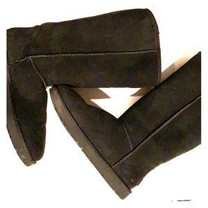 Women's size 12 tall UGG boots never worn